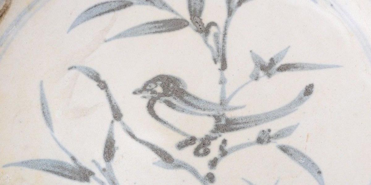 plate with bird from shipwreck